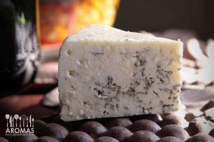 Gorganzola Cheese