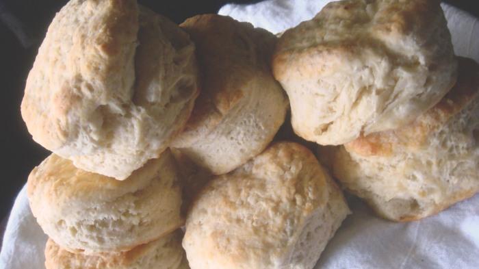 BiscuitsGravy1